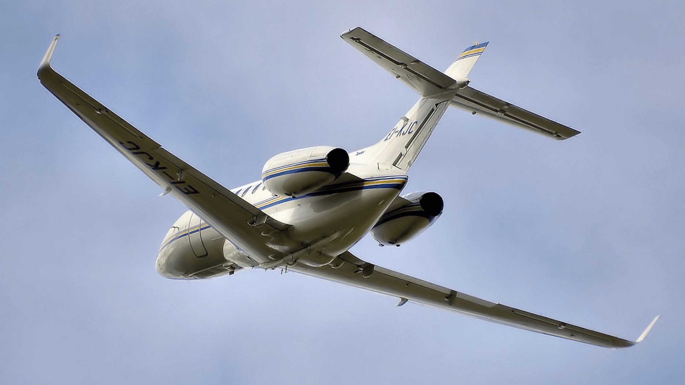 Exxaero supera la salud y seguridad de los pasajeros con Biozone